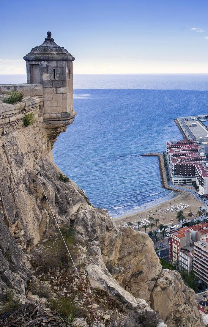Castillo de Santa B·rbara. Foto; Ayuntamiento de Alicante/Ernesto CaparrÛs