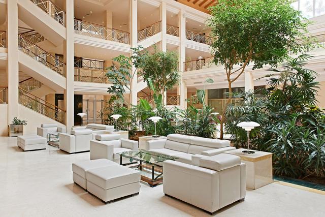 hotel barrosa park lobby